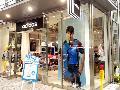 adidas / アディダスブランドコアストア自由が丘