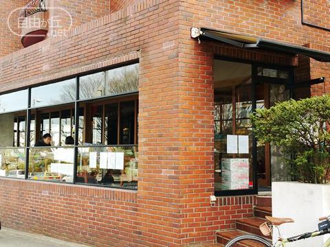 KOMAZAWA PARK CAFE / コマザワパークカフェ