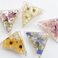 【三角バンズクリップ】押し花を使った三角バンズクリップ。 全て一点物になります。
