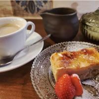 デザートは、甘味として、そしてお酒のおつまみとしてもオススメです。