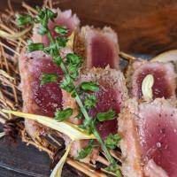 辛シビの味噌ラーメン【菊花火】旨味の中に花山椒の香り。 そしてしっかりとした辛さのあるスープが特注麺と絡みます。