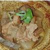 牛カツ御膳の小鉢は牛スジ煮込で、ビールのお供に最適!