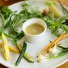 その季節オススメの旬の野菜を窯焼きバーニュカウダで・・・
