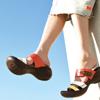 コロンと丸い変わったカタチが歩きやすさのヒミツ(CJEG5224 ¥6,980-)